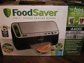 FOODSAVER 4400 SERIES VACUUM SEALER